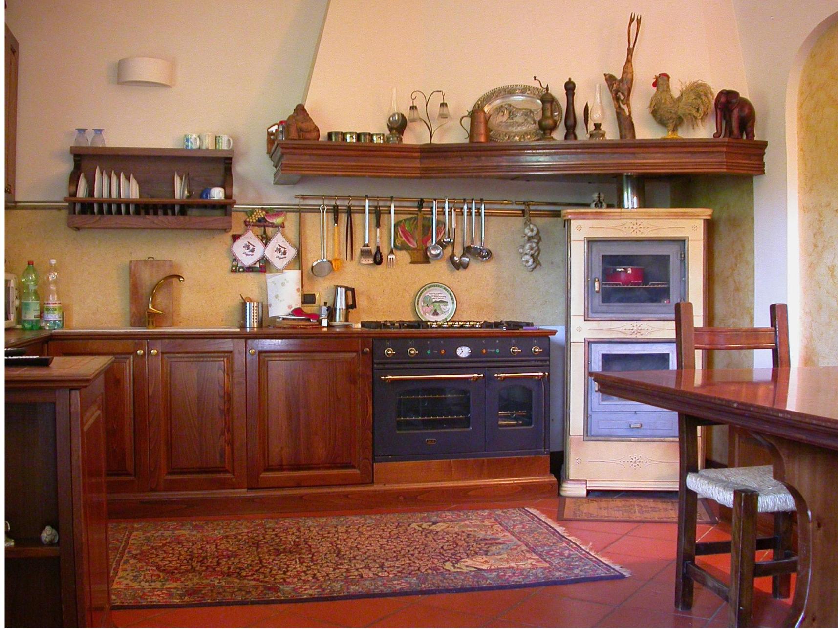 Cucina classica with immagini cucine classiche - Immagini di cucine classiche ...