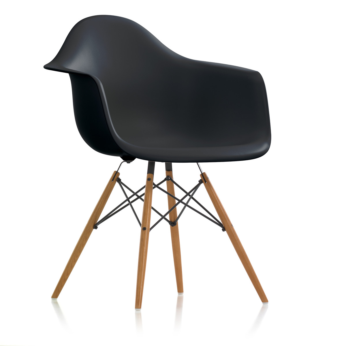 squarcina vitra eames plastic chair daw squarcina. Black Bedroom Furniture Sets. Home Design Ideas